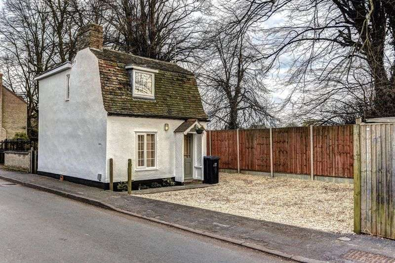 2 Bedrooms Detached House for sale in Deacons Lane, Ely
