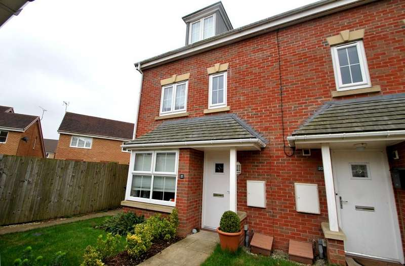 4 Bedrooms Town House for sale in Inchburn Crescent, Penistone