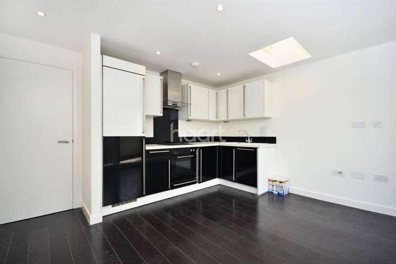 2 Bedrooms Flat for sale in Bellefields Road, Brixton, SW9