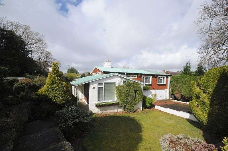 3 Bedrooms Detached House for sale in Seafield Road, Bournemouth
