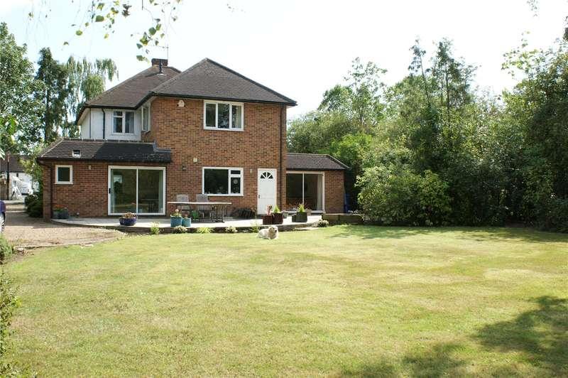 4 Bedrooms Detached House for sale in Oakley Green Road, Oakley Green, Windsor, Berkshire, SL4