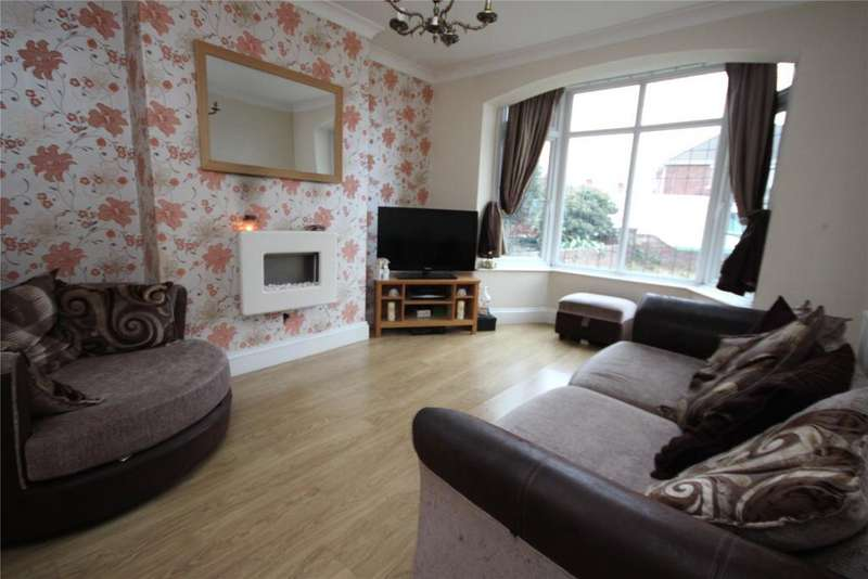 3 Bedrooms Semi Detached House for sale in Dugard Road, Cleethorpes, DN35