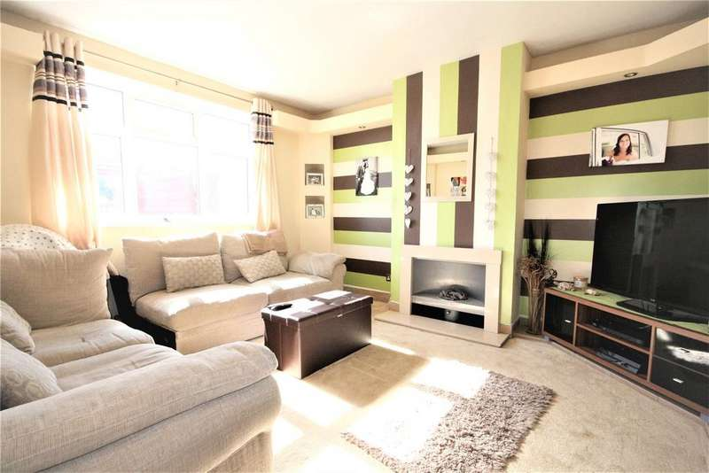 2 Bedrooms Semi Detached House for sale in Sandringham Road, Cleethorpes, DN35