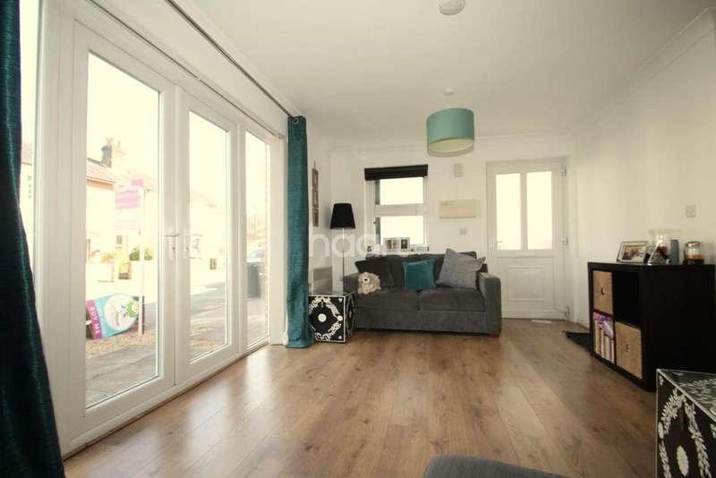 1 Bedroom Flat for sale in Pledges Yard, Falkland Road, Dorking, RH4