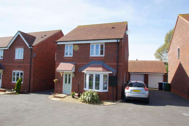 4 Bedrooms Detached House for sale in Rowan Close, Cannock