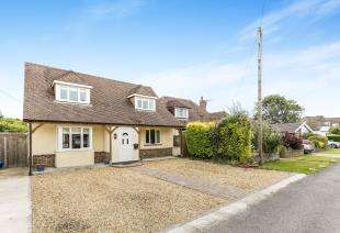 4 Bedrooms Detached House for sale in Grafton Avenue, Felpham, Bognor Regis, West Sussex
