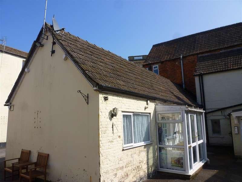 1 Bedroom Property for sale in Trowbridge