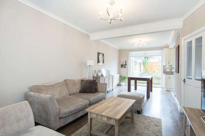 3 Bedrooms End Of Terrace House for sale in Cleveley Crescent, Ealing