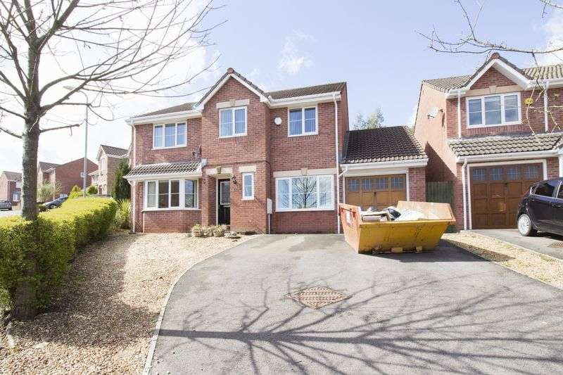 5 Bedrooms Detached House for sale in Dorallt Way, Cwmbran