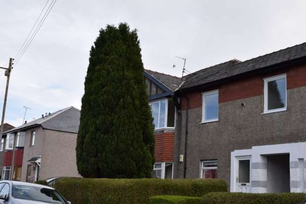 4 Bedrooms Flat for sale in 29 Tannadice Avenue, Cardonald, G52