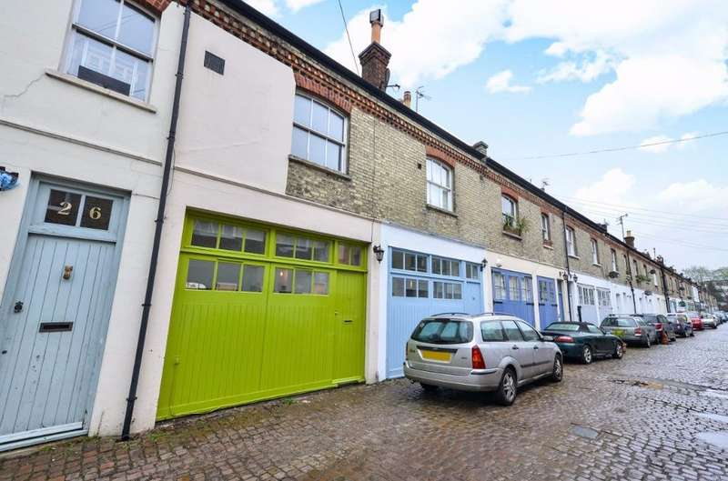 3 Bedrooms Town House for sale in Cambridge Grove Hove East Sussex BN3