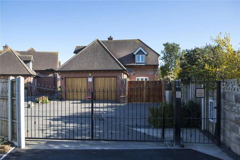 4 Bedrooms Detached House for sale in Kings Court, 29A Saxonbury Road, Bournemouth, Dorset, BH6