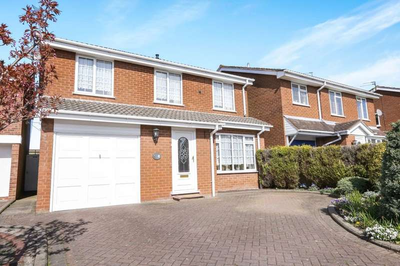 4 Bedrooms Detached House for sale in Athelstan Grove, Perton, Wolverhampton, WV6