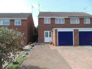 3 Bedrooms Semi Detached House for sale in Wear Road, Worthing, West Sussex