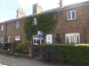 2 Bedrooms Terraced House for sale in East Street, Turners Hill, West Sussex