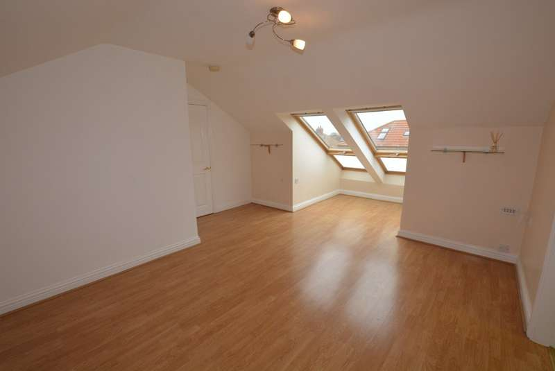 1 Bedroom Flat for sale in Richmond Court, Rawcliffe