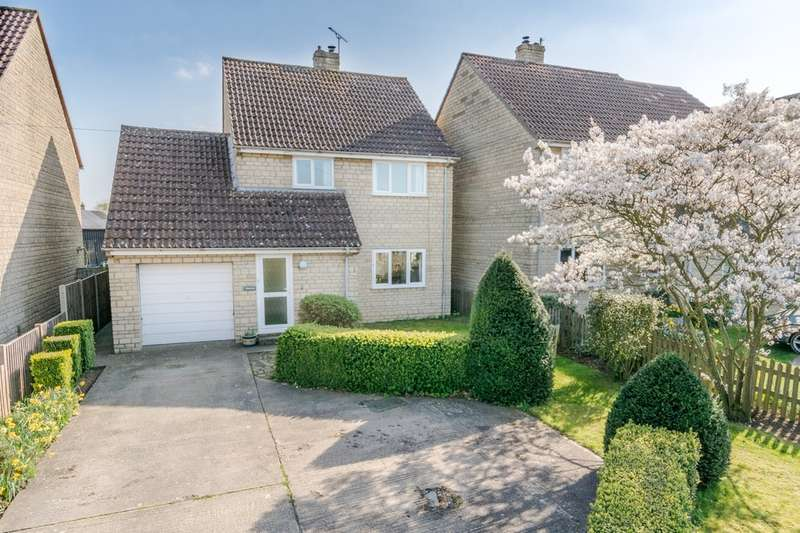 3 Bedrooms Detached House for sale in Luckington Road, Acton Turville
