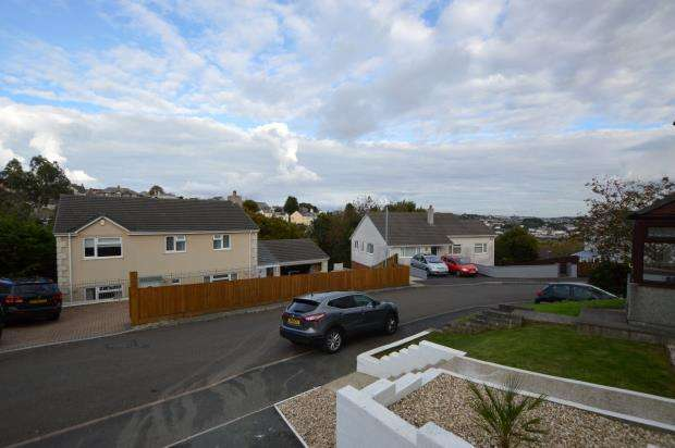 House for sale in Babis Farm Row, Saltash, Cornwall