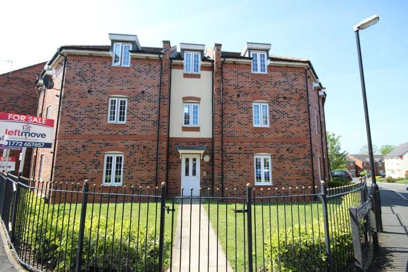 2 Bedrooms Flat for sale in Wesham Park Drive, Wesham, Preston, Lancashire, PR4 3EF