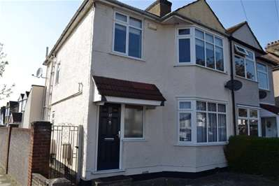 4 Bedrooms Semi Detached House for sale in Whitefriars Drive, Harrow Weald