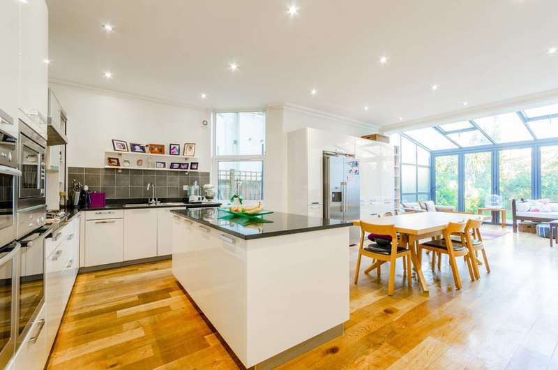 5 Bedrooms House for sale in Kings Avenue, Muswell Hill, N10
