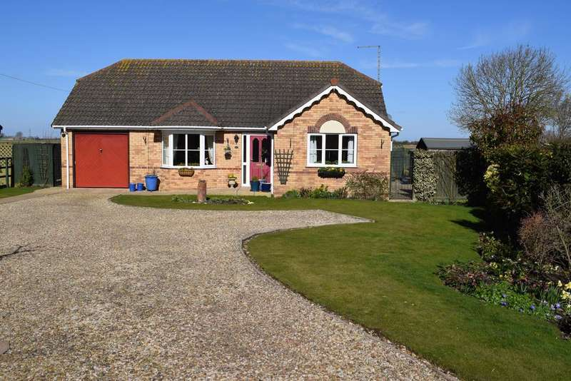 3 Bedrooms Detached Bungalow for sale in Jekils Bank, Holbeach St. John, Spalding, Lincolnshire, PE12