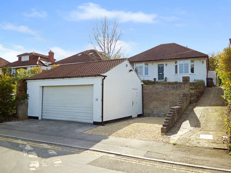 3 Bedrooms Chalet House for sale in The Butts, Westbury, Wiltshire