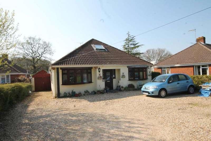 4 Bedrooms Detached Bungalow for sale in Botley Road, Burridge SO31