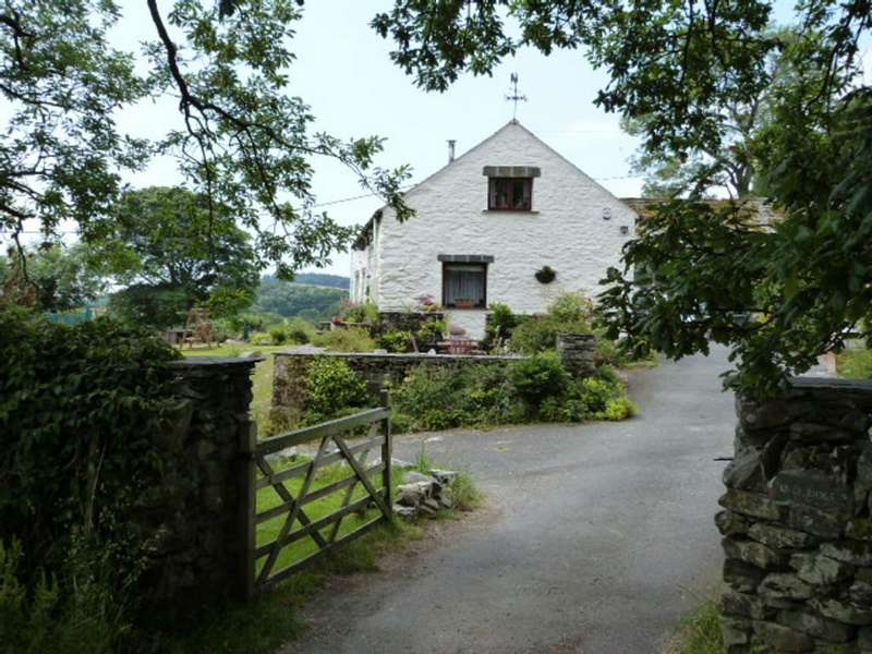 4 Bedrooms Barn Conversion Character Property for sale in Stone Bield, Beckside, Cartmel
