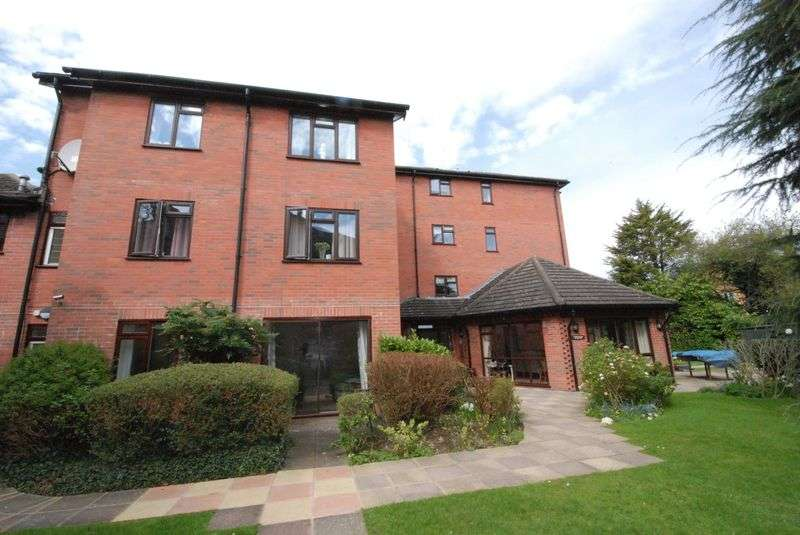 1 Bedroom Retirement Property for sale in Farnborough Common, Orpington