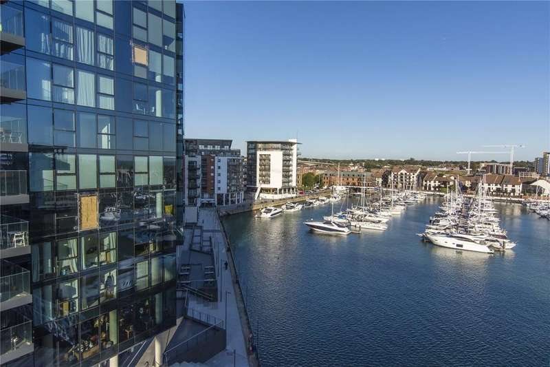 2 Bedrooms Flat for sale in Alexandra Wharf, Ocean Village, 1 Maritime Walk, Southampton, SO14