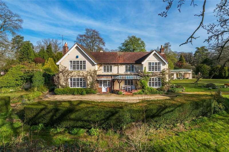 6 Bedrooms Detached House for sale in Blighton Lane, The Sands, Farnham, Surrey