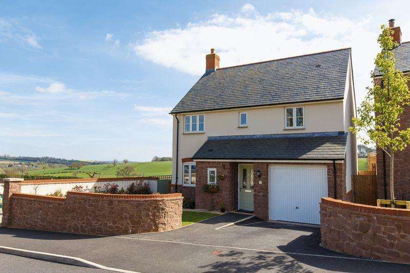 4 Bedrooms Detached House for sale in Creedy View, Sandford