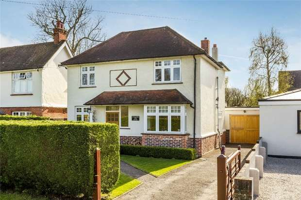 5 Bedrooms Detached House for sale in Bisley, Woking, Surrey