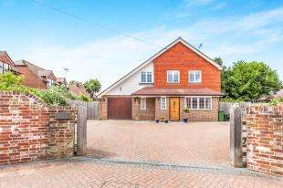 4 Bedrooms Detached House for sale in Mongers Lane, Barcombe, Lewes, East Sussex