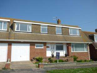 3 Bedrooms Semi Detached House for sale in Neville Road, Peacehaven, East Sussex