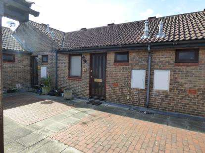 1 Bedroom Maisonette Flat for sale in Billericay, Essex