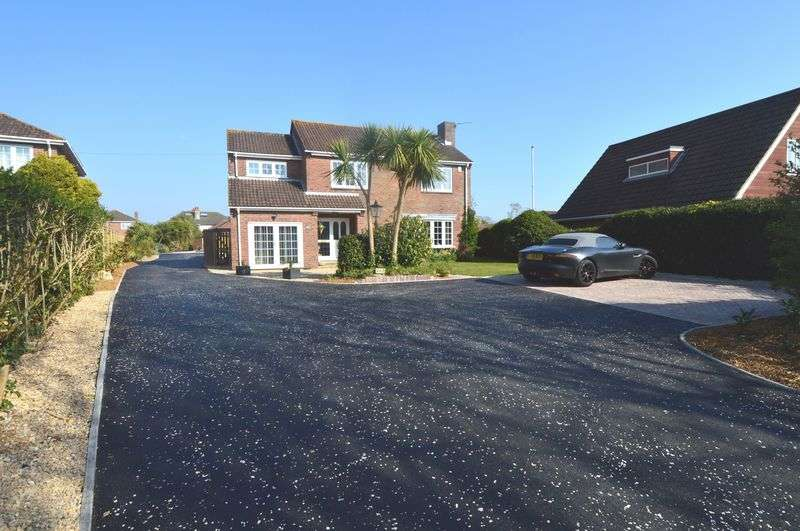 4 Bedrooms Detached House for sale in Anker Lane, Stubbington, Fareham