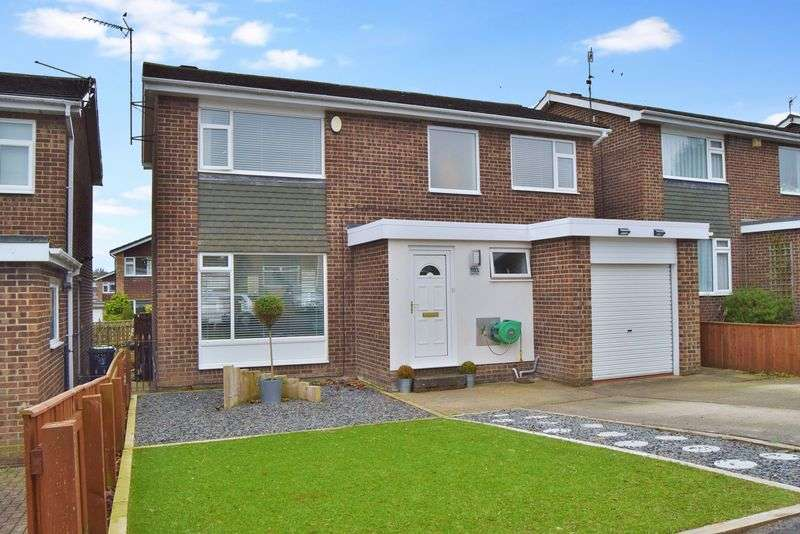4 Bedrooms Detached House for sale in Dene Road, Wylam