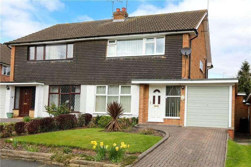 3 Bedrooms Semi Detached House for sale in Blythesway, Alvechurch, Birmingham, B48