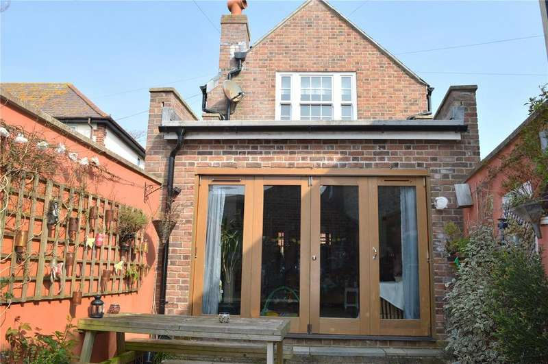 3 Bedrooms Detached House for sale in Rax Lane, Bridport, Dorset