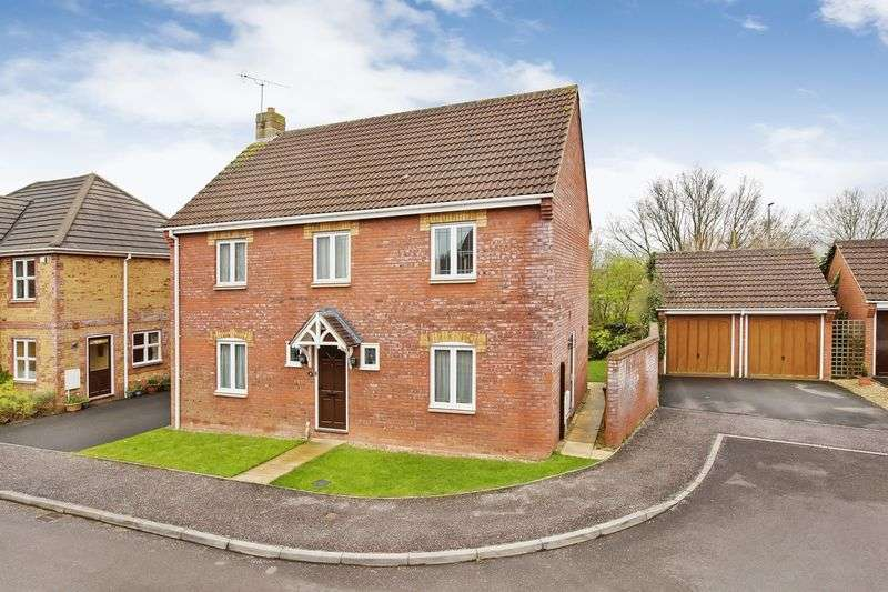 4 Bedrooms Detached House for sale in Warren Street, Wellington