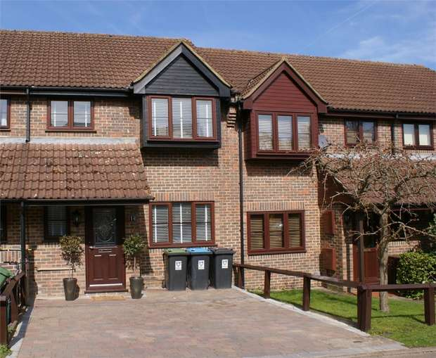 3 Bedrooms Terraced House for sale in Tooveys Mill Close, KINGS LANGLEY, Hertfordshire