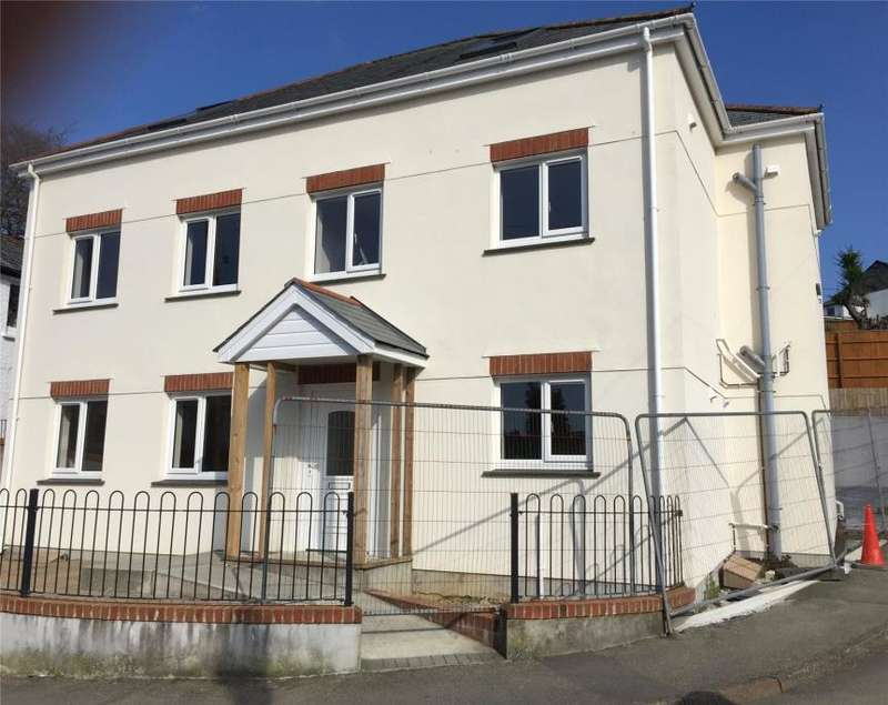 2 Bedrooms Flat for sale in Priory Park Road, Launceston, Cornwall