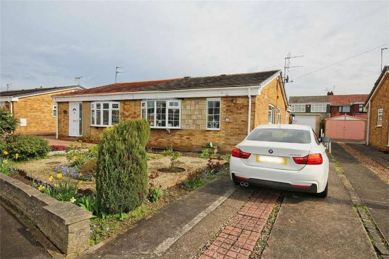 2 Bedrooms Semi Detached Bungalow for sale in St Lawrence Avenue, Cottingham, East Riding of Yorkshire