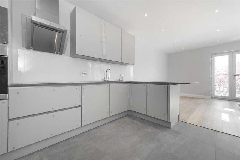 3 Bedrooms Flat for sale in Wrottesley Road, London, NW10