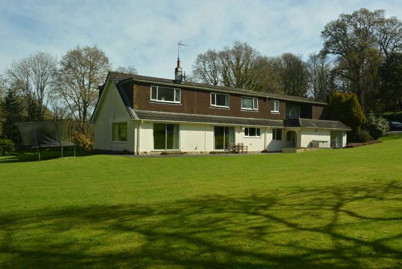 4 Bedrooms Detached House for sale in ARROWSMITH ROAD, WIMBORNE