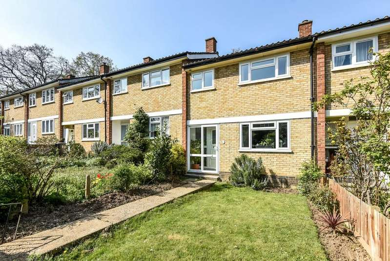 3 Bedrooms Terraced House for sale in Longfield Crescent Sydenham SE26