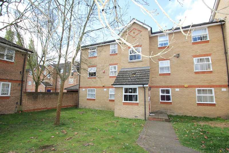 2 Bedrooms Flat for sale in Soper Mews, Enfield, EN3