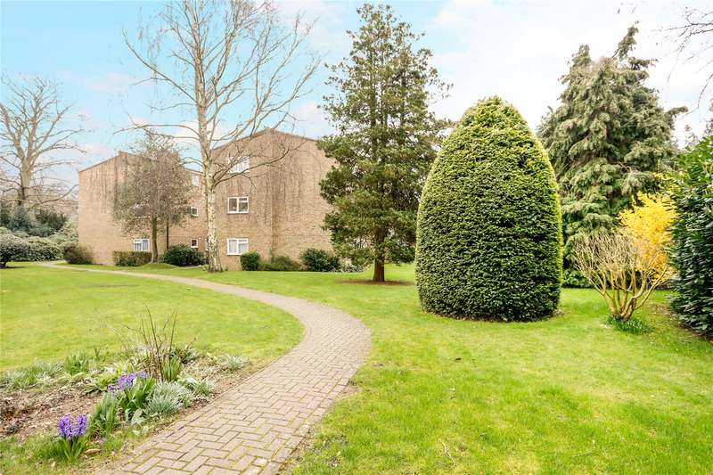 2 Bedrooms Flat for sale in Langwood, 87 Langley Road, Watford, Hertfordshire, WD17